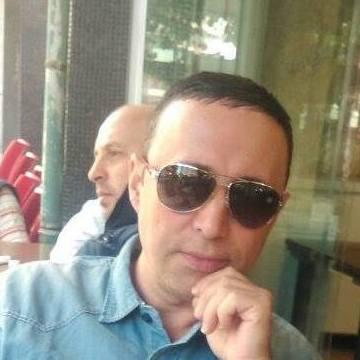 Önder Yağcı, 40, Istanbul, Turkey