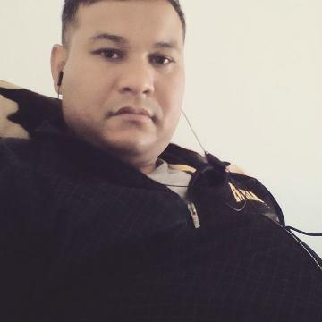 Raaz, 36, Dubai, United Arab Emirates
