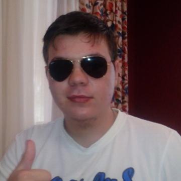 Jose Manuel , 21, San Pedro De Alcantara, Spain
