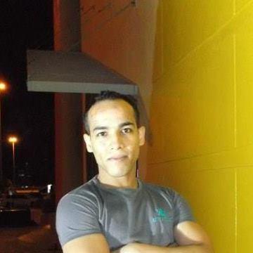 Khaled Sena, 28, Craiova, Romania