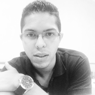 Ederson Sampaio, 26, Bauru, Brazil