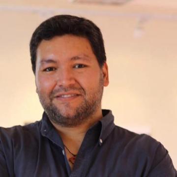 Hugo Cantuarias, 44, Santiago, Chile
