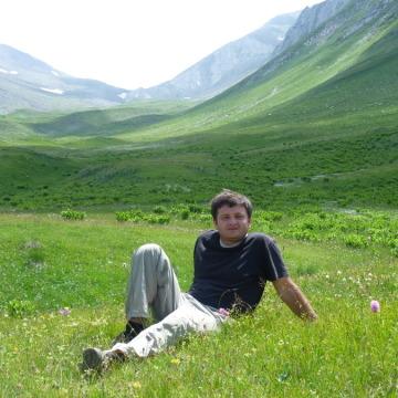 George Tediashvili, 37, Tbilisi, Georgia