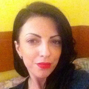Selena, 30, Ramnicu Valcea, Romania