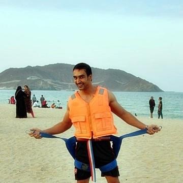 shahraiz akbar, 28, Dubai, United Arab Emirates