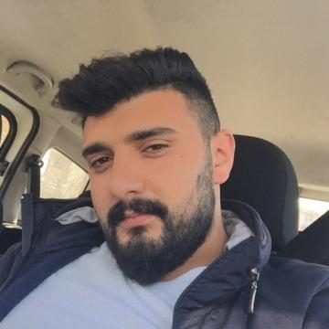 Erdi, 28, Istanbul, Turkey