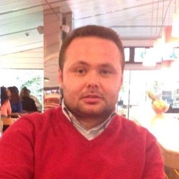 Rıfat, 31, Istanbul, Turkey