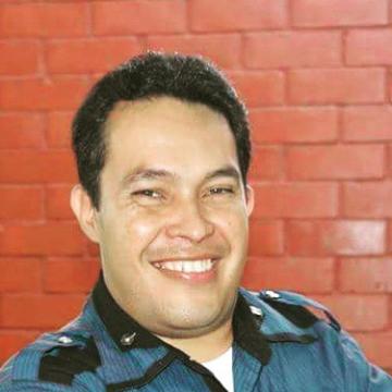 Milton Vargas Holguín, 36, Cali, Colombia