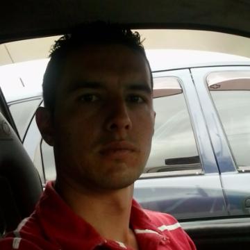 Johnatan Muñoz Lopez, 31, Manizales, Colombia