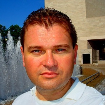 Roman Novosiadlyi, 47, Lindenhurst, United States