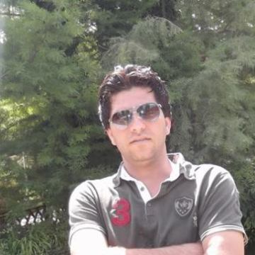 yousif al mousswi, 32, Baghdad, Iraq