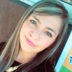 Lorena, 22, Medellin, Colombia