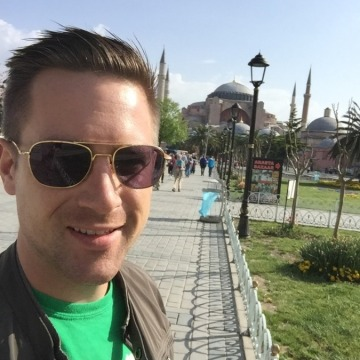 Dan, 33, Napoli, Italy
