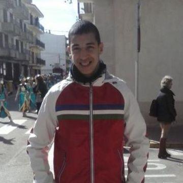 Yassine Razki, 22, Palamos, Spain