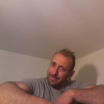 MANOLIS, 36, Iraklion, Greece