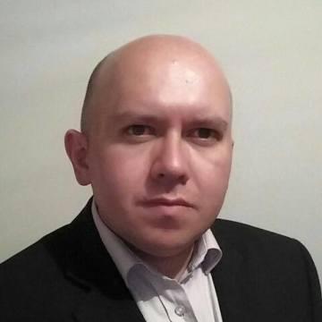 Rodrigo Vega, 37, Bogota, United States