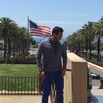 Carlo Beltran, 32, Irvine, United States