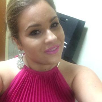 Stella, 33, Little Rock, United States