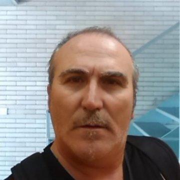 pepe Pérez, 56, Valencia, Spain