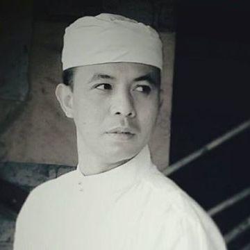 Didi Suprapta, 37, Denpasar, Indonesia