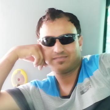 Muhammad asif , 42, Gloucester, United Kingdom