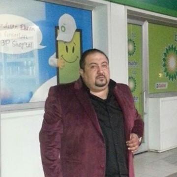 BBulent YYeteroğlu, 39, Istanbul, Turkey