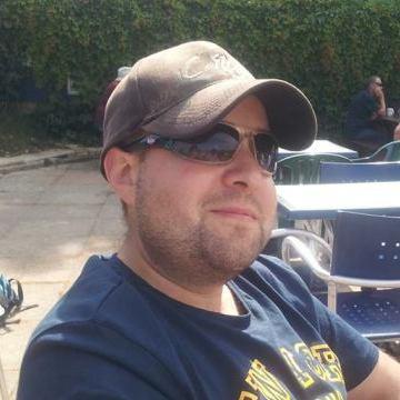 Santi García, 33, Swanage, United Kingdom