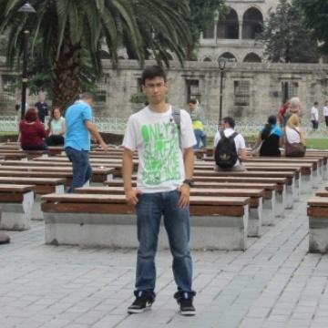daniel, 22, Madrid, Spain