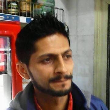 Atif Iqbal, 26, Napoli, Italy