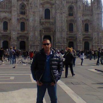 Ilia Dobrev, 44, Milano, Italy