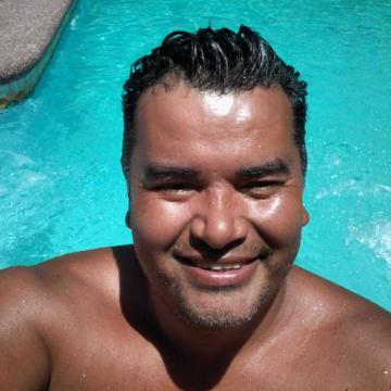 Luis Gonzalez Huentelican, 33, Santiago, Chile