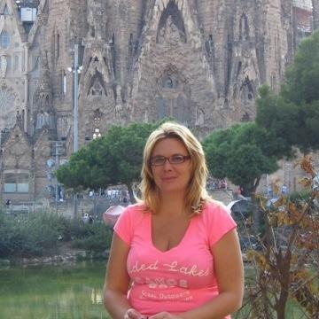 Laura, 44, Tempe, United States