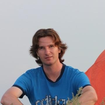 Evgeny Pozdeev, 40, Penza, Russia