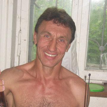 Yury Rubashka, 50, Severodonetsk, Ukraine