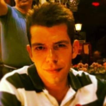 Atakan, 31, Istanbul, Turkey