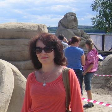 Evelina, 43, Helsinki, Finland