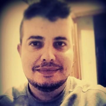 Miguel Angel Ocon Obrero, 35, Valencia, Spain