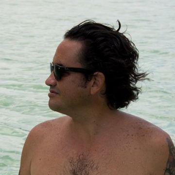 Enrique Perez Davo, 37, Playa Del Carmen, Mexico