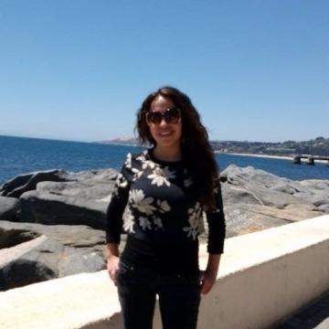 Laura, 31, Santiago, Chile