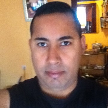 ERNESTO URQUIZA, 44, Gijon, Spain