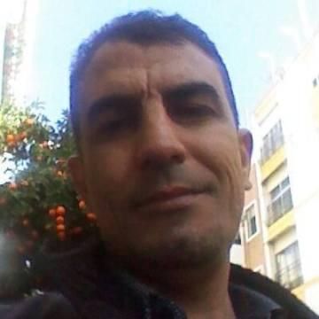 ismael, 39, Cordoba, Spain
