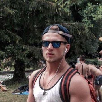 Viktor Samoylenko, 23, Munchen, Germany