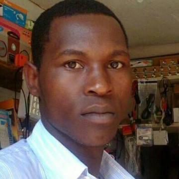 simon mukisa, 25, Kampala, Uganda
