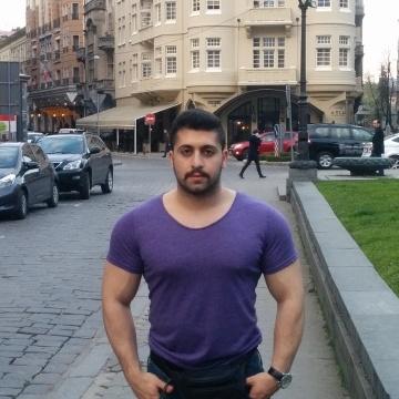 yehya, 25, Istanbul, Turkey