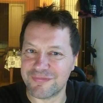 Roberto Lucci, 48, Barcelona, Spain