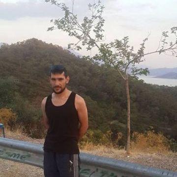Fatih Akay, 32, Istanbul, Turkey