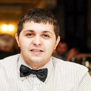 Florin Butnaru, 27, Chisineu Cris, Romania