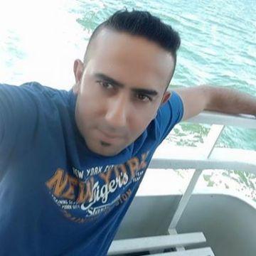 Gökhan Arslan, 34, Izmir, Turkey