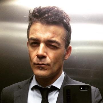 Gerard Garzón, 44, Valencia, Spain