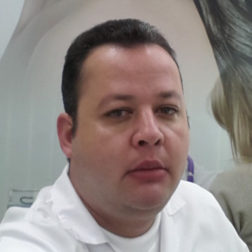 mazen tawfek, 43, Kuwait, Iraq